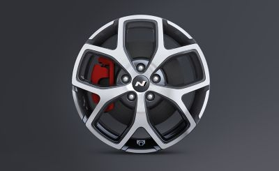 18-inch cast alloy wheels with the N logo.